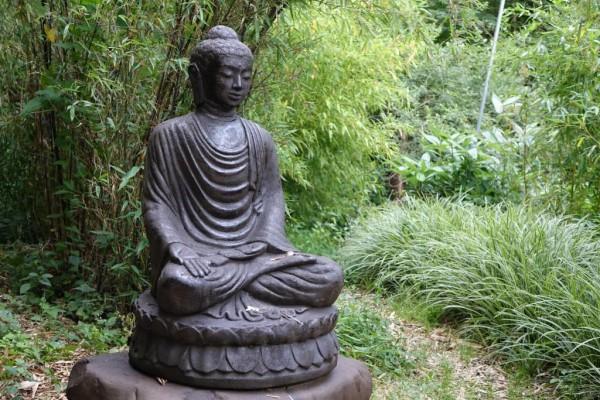 Buddha auf Lotus - 95cm