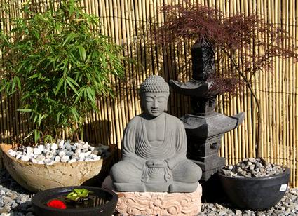 Japanischer buddha aus lavastein 42cm buddha sitzend buddha steinfiguren - Steinfiguren buddha garten ...