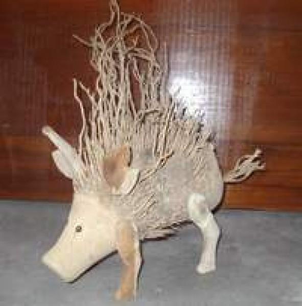 Schweine aus der bambuswurzel bambus tiere garten for Deko garten tiere