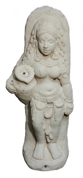 Apsara - Brunnenfigur
