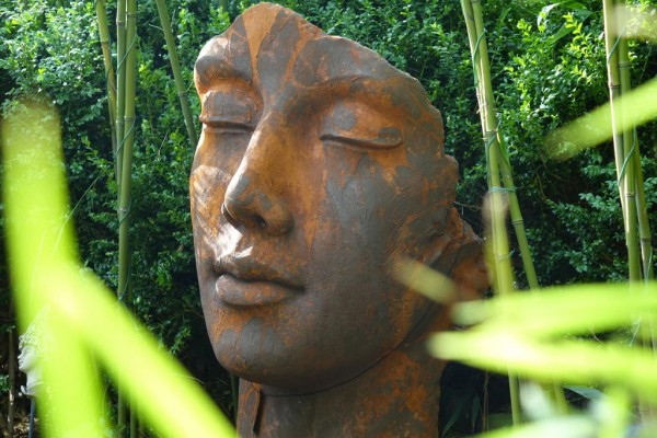Gesicht Frau - Eisenoxid - 115cm