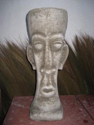 Osterinselkopf mit Schale