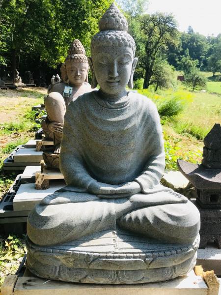 Buddha aus Riverstone sitzend- 90cm