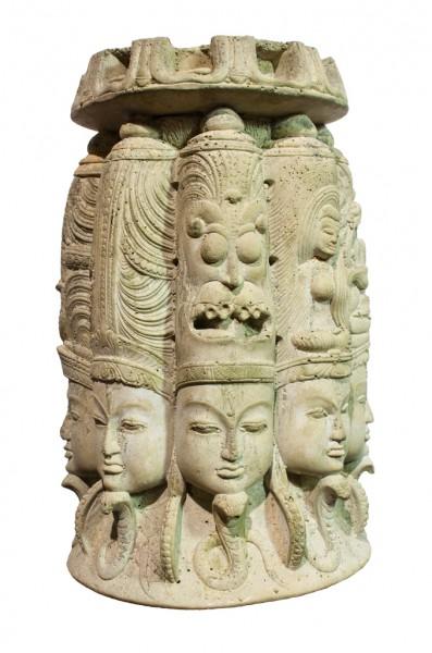 Runde indische Tempelschnitzerei