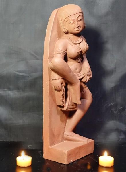 Tanzende Apsara als Relief