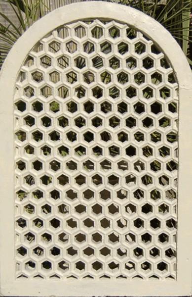 Indische Jali Fenster mit Bogen - 90cm