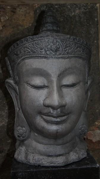 Buddhakopf aus Kambodscha