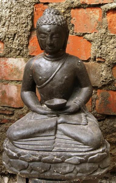 Buddha mit Schale - 49cm