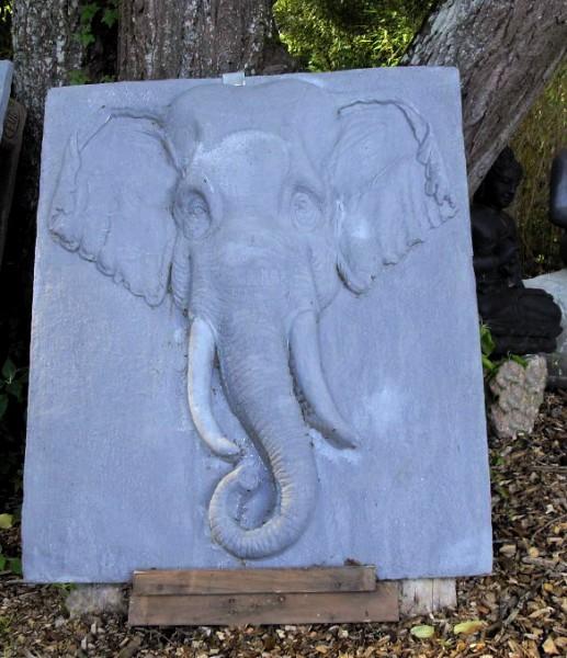 Großes Elefanten Relief