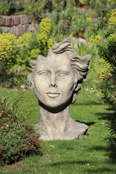 Gesicht Frau mit Haaren