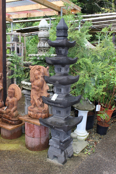 Japanische Steinpagode, 5 Ebenen