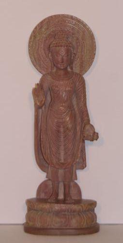 Stehender Buddha aus Speckstein