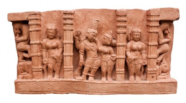 Relief Khajuraho- Shiva und Parvati mit Apsaras
