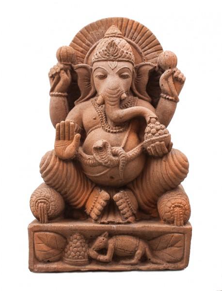 Ganesha sitzend auf Thron