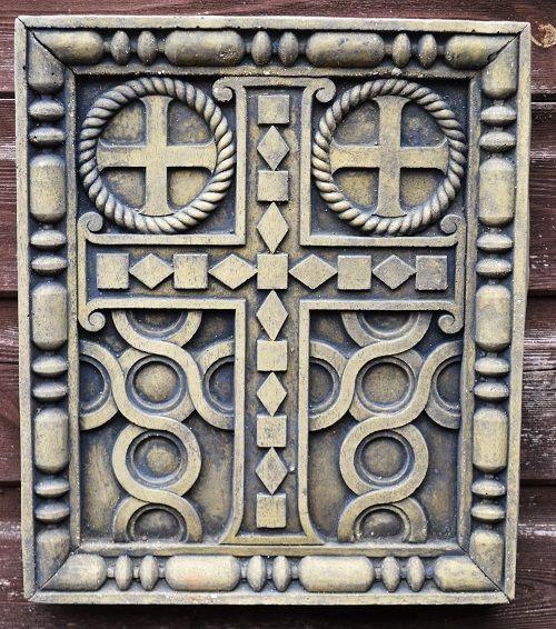 Gotisches Kreuz Relief
