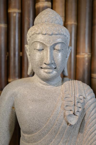 Sitzender Buddha aus Riverstone - ca. 81 cm