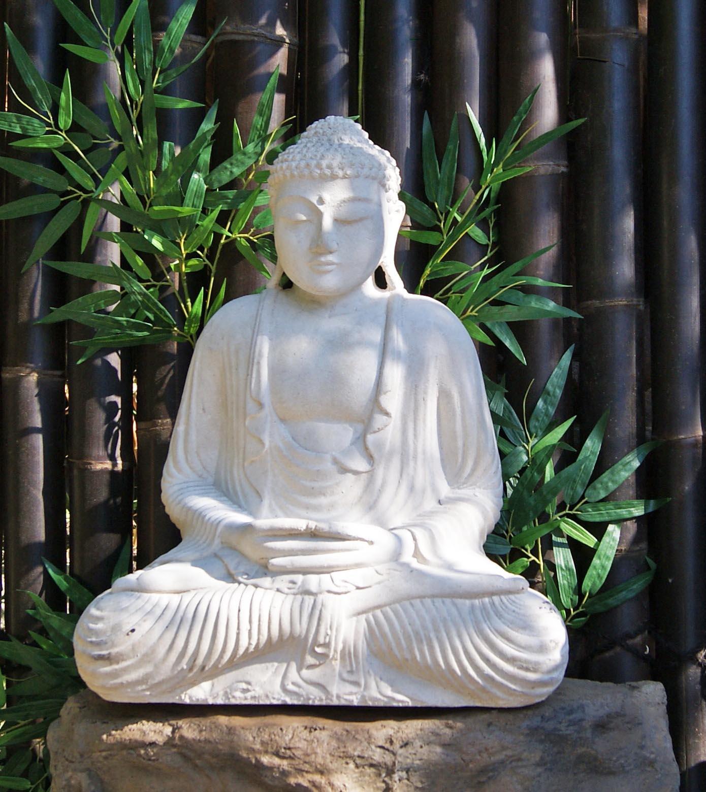buddha-sitzend-weiss