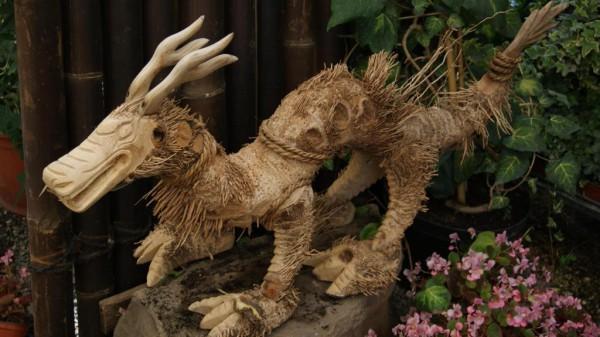 Drache aus der Bambuswurzel