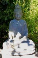 Buddha sitzend mit Krug - 67cm